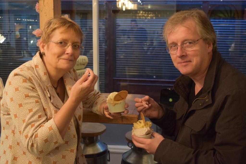 This lovely couple were recommended by a friend to visit iScream. And we didn't disappoint!